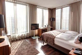 COSMO Hotel Berlin Mitte - фото 1