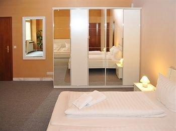 Отель De Ela - фото 1