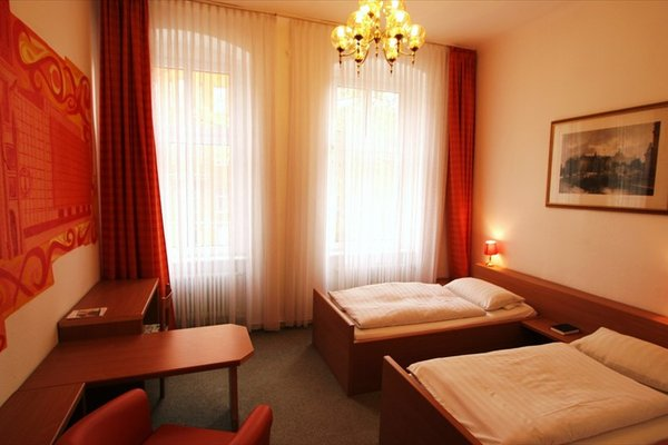 Hotel - Pension Am Schloss Bellevue - фото 5