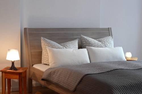 Sleep Like Home Apartments - фото 4