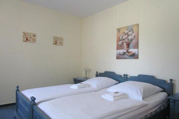 Hotel Kryom's 108 - фото 1