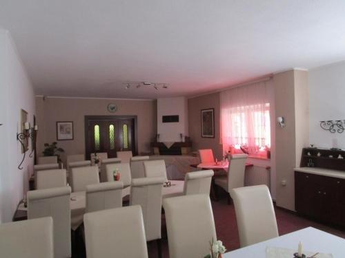 Hotel Kryom's 108 - фото 7