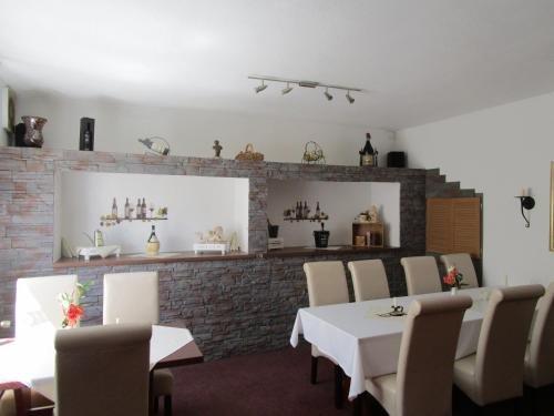 Hotel Kryom's 108 - фото 8
