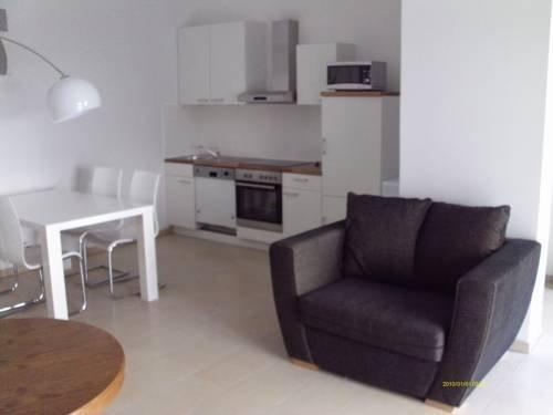 Apartments At Warschauer - фото 3