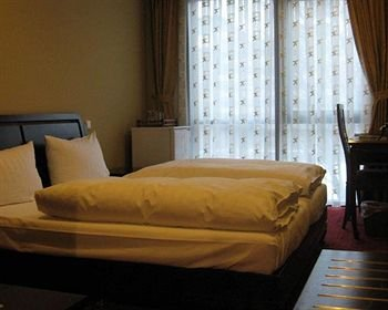 Halong Hotel - фото 3