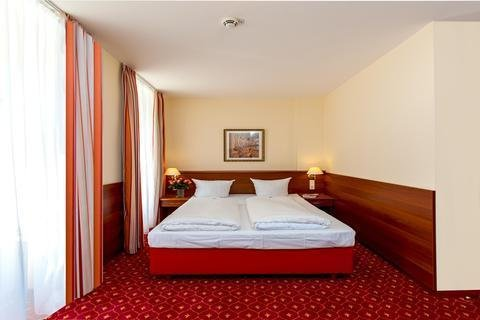 Hotel & Apartments Zarenhof Berlin Friedrichshain - фото 2
