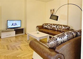 AMC Apartments - фото 20