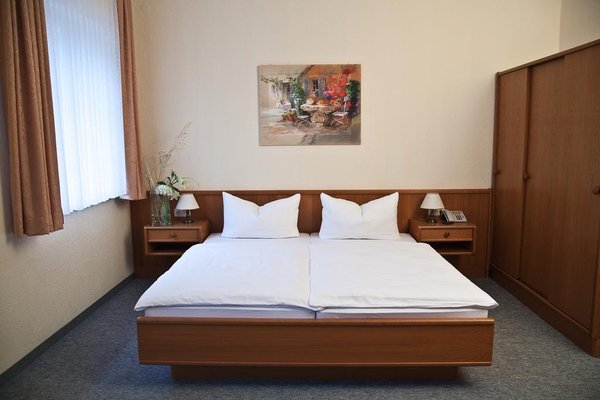 Hotel Sachsisches Haus - фото 2