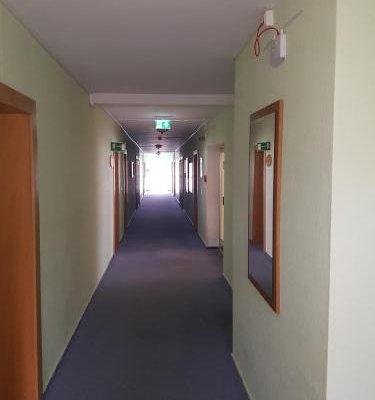 Hotel Stadt Baunatal - фото 19