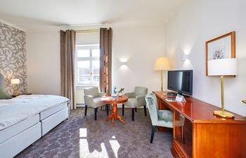 Schlosshotel Ballenstedt - фото 4