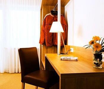 Hotel St. Fridolin - фото 4