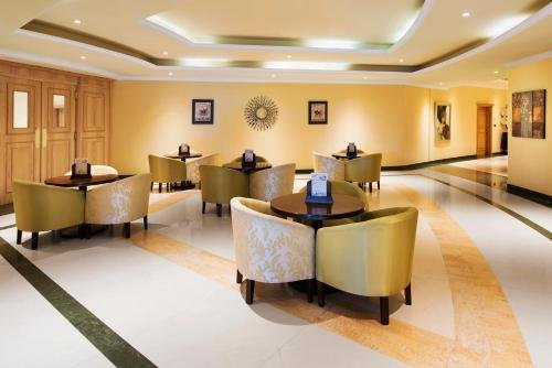 Al Hamra Palace Beach Resort - фото 13