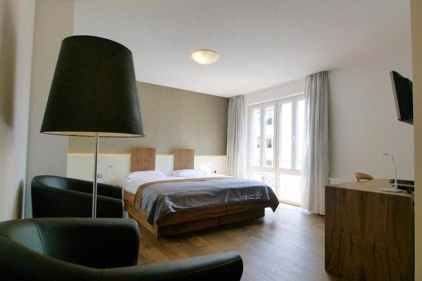 Dom Hotel - фото 1