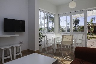 Apartamentos Playa Golf - фото 11