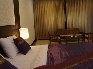 Tarakool Hotel