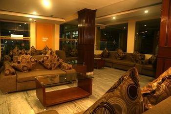 Yellow Pagoda Hotel - фото 6