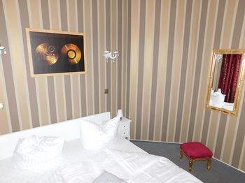 Гостиница «Engel Garni», Альтенбург