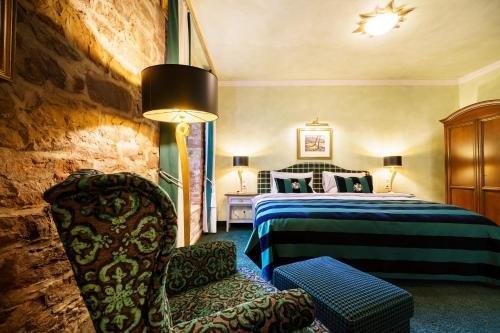 Schlosshotel Weyberhoefe - фото 0