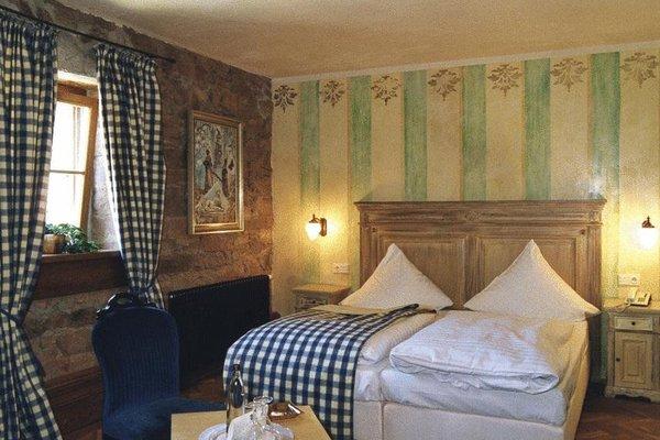 Schlosshotel Weyberhoefe - фото 2