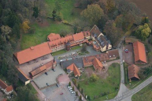 Schlosshotel Weyberhoefe - фото 23