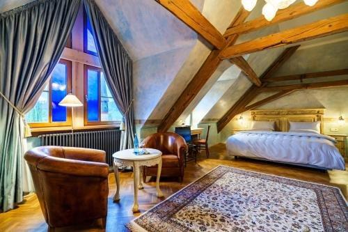 Schlosshotel Weyberhoefe - фото 3