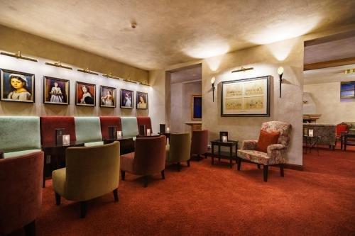 Schlosshotel Weyberhoefe - фото 6