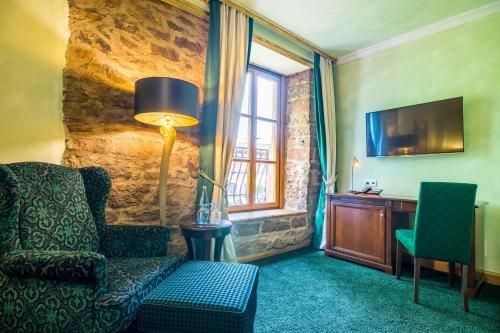 Schlosshotel Weyberhoefe - фото 7