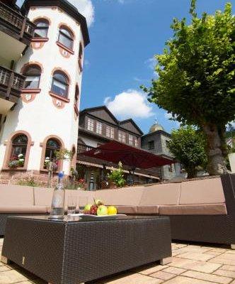 Schlosshotel Mespelbrunn - фото 22