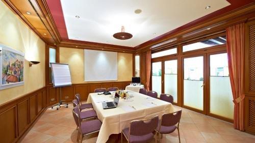 Hirsch Hotel - фото 19