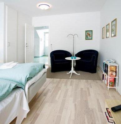 Holberggaard Apartments - фото 2