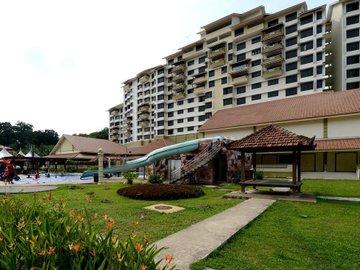 Puteri Beach Resort