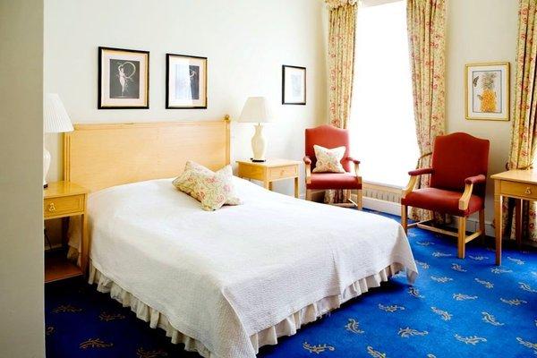 Отель St. Petersbourg - фото 1