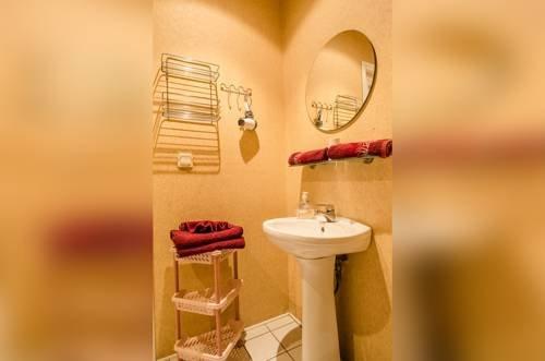 Romeo Family Apartments - фото 10