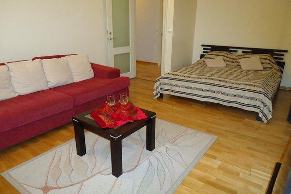 Romeo Family Apartments - фото 3