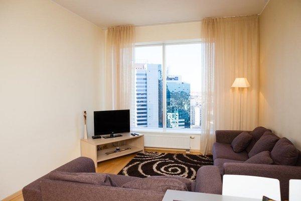 Adelle Apartments - фото 4