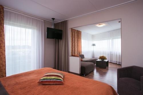 Strand Spa & Conference Hotel - фото 2