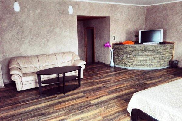 Urusel Guesthouse - фото 1