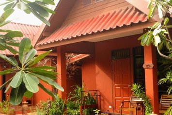Ruenkanok Thaihouse Resort