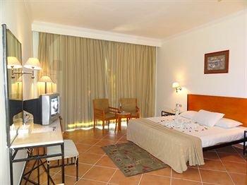 Luna Sharm Hotel - фото 1