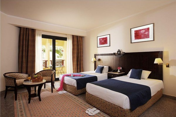 Golden 5 Diamond Beach Hotel & Resort - фото 1