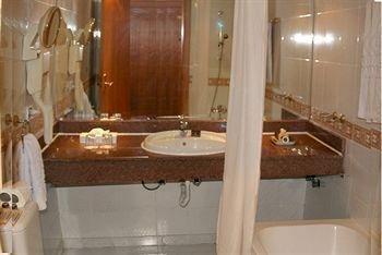 The Club Golden 5 Hotel & Resort - фото 6