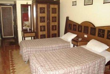 Lamira Hotel