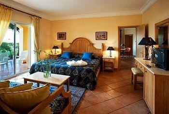 Stella Di Mare Sea Club Hotel - фото 1