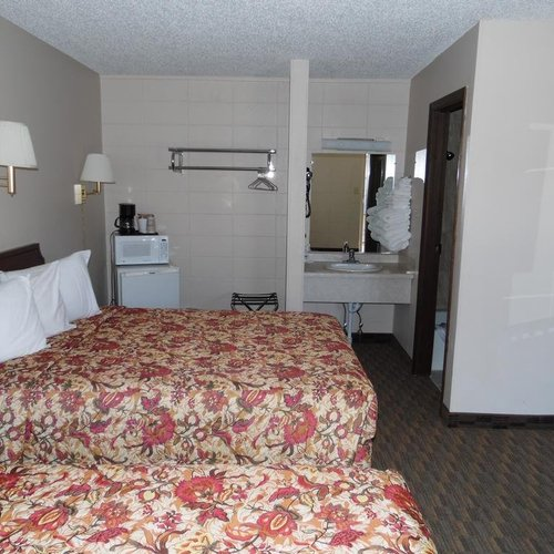 Photo of Bear Lodge Motel