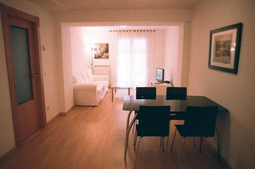 Apartamentos Auhabitatzaragoza - фото 7