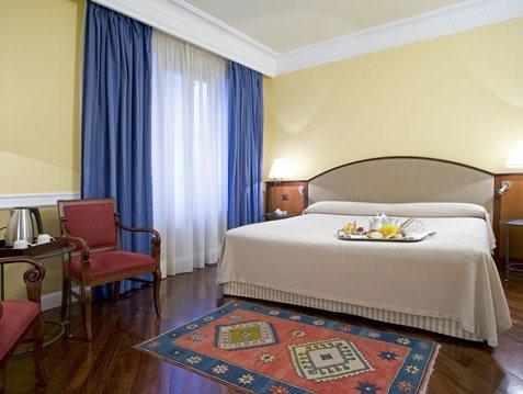 NH Collection Gran Hotel de Zaragoza - фото 1
