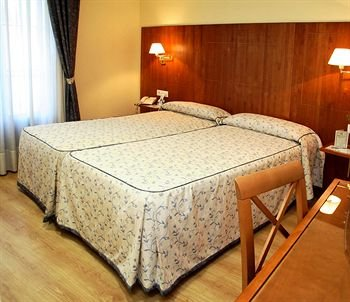 Hotel Hispania - фото 1