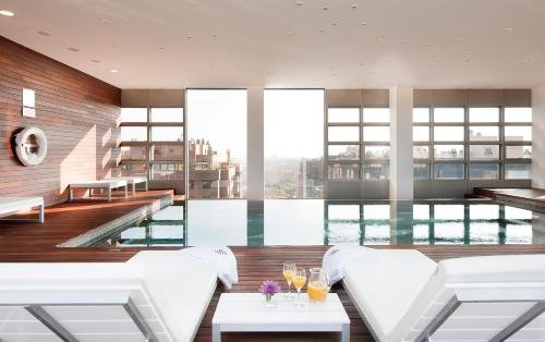 Hotel Reina Petronila - фото 3