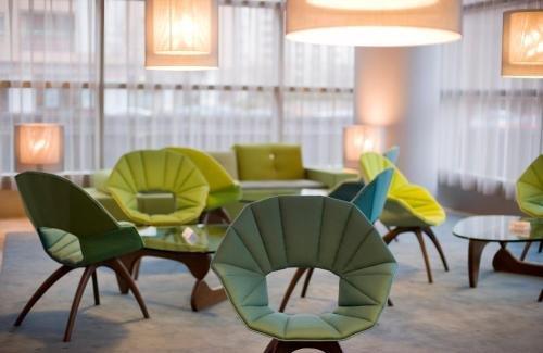 Hotel Reina Petronila - фото 5