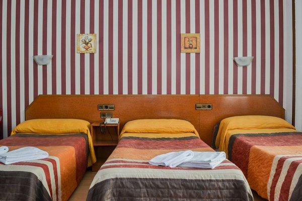 Hostal Cataluna - фото 2